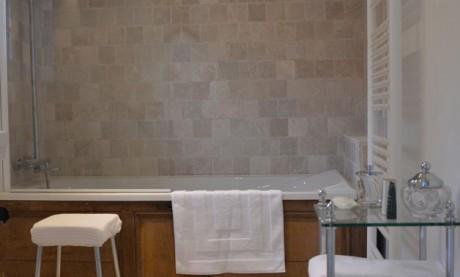 Room Roi Baudouin Bathroom